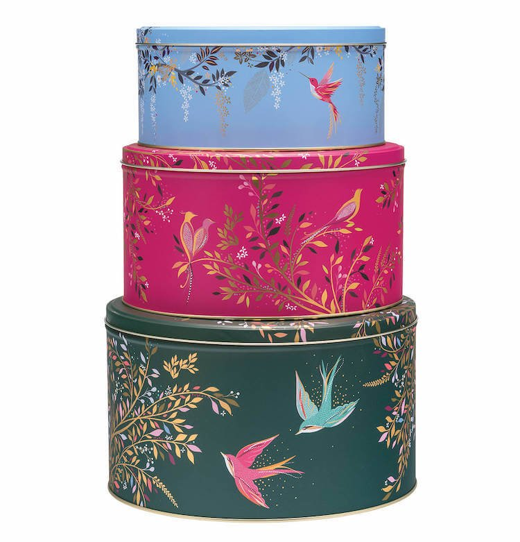 Lovely Cake TIns!