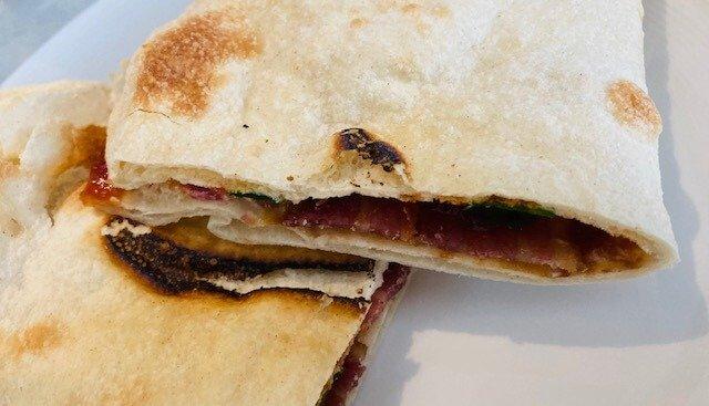 Bacon Naan Roll